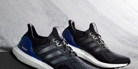 Footwear, Product, Blue, Shoe, Sportswear, Athletic shoe, White, Line, Pattern, Sneakers,