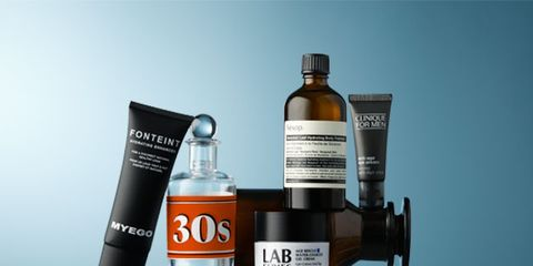 Fluid, Liquid, Product, Bottle, Bottle cap, Logo, Turquoise, Camera accessory, Brand, Cylinder,
