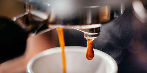 Serveware, Cup, Liquid, Coffee cup, Drinkware, Fluid, Drink, Teacup, Tea, Ingredient,