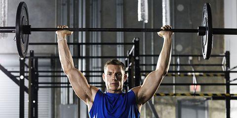 Arm, Human leg, Chin, Human body, Shoulder, Chest, Elbow, Wrist, Physical fitness, Sportswear,