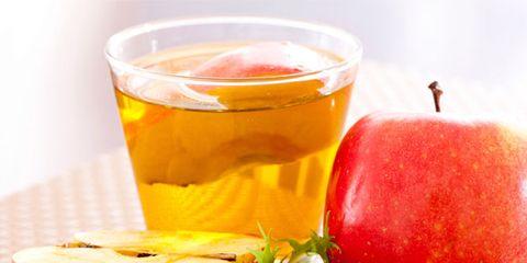 Liquid, Food, Drink, Ingredient, Produce, Fruit, Natural foods, Juice, Tableware, Alcoholic beverage,