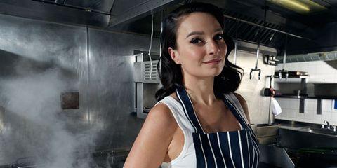 Shoulder, Service, Cooking, Employment, Cook, Smoke, Apron, Machine, Portrait photography, Homemaker,