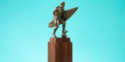 Sculpture, Wing, Bronze sculpture, Statue, Pedestal, Fictional character, Monument, Memorial, Nonbuilding structure, Carving,