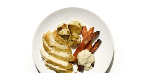 Cuisine, Food, Dishware, Ingredient, Plate, Dish, Tableware, Breakfast, Meal, Finger food,