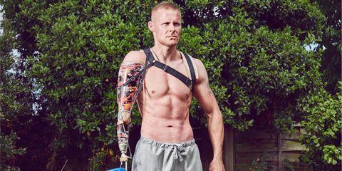 Chest, Barechested, Muscle, Trunk, Abdomen, Stomach, Bermuda shorts, Bucket, Navel, Bodybuilder,