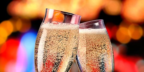 Drinkware, Glass, Stemware, Drink, Barware, Liquid, Alcoholic beverage, Sparkling wine, Wine glass, Beer glass,