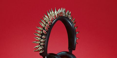 Audio equipment, Electronic device, Technology, Gadget, Output device, Peripheral, Audio accessory, Headphones, Magenta, Circle,