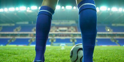 Blue, Grass, Human leg, Ball, Football, Soccer ball, Electric blue, Knee, Thigh, Majorelle blue,