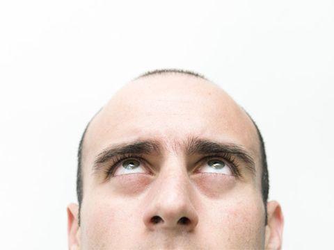 Face, Forehead, Hair, Nose, Eyebrow, Skin, Facial expression, Chin, Head, Cheek,