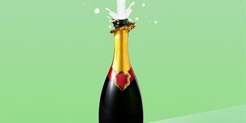 Glass bottle, Bottle, Liquid, Ingredient, Drink, Alcoholic beverage, Plate, Distilled beverage, Barware, Alcohol,