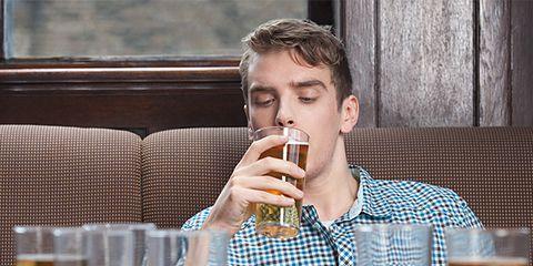 Beer, Drink, Drinkware, Alcoholic beverage, Alcohol, Barware, Tableware, Table, Serveware, Beer glass,