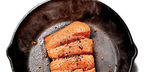 Food, Ingredient, Cuisine, Plate, Dish, Unagi, Cooking, Pan frying, Meat, Seafood,