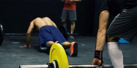 Leg, Human leg, Physical fitness, Weightlifter, Free weight bar, Shoe, Elbow, Joint, Deadlift, Powerlifting,