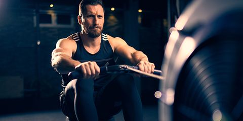 Human body, Human leg, Elbow, Knee, Chest, Muscle, Exercise machine, Beard, Physical fitness, Calf,