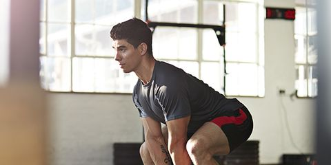 Human leg, Shoe, Shoulder, Elbow, Sportswear, Standing, Ball, Joint, Athletic shoe, T-shirt,