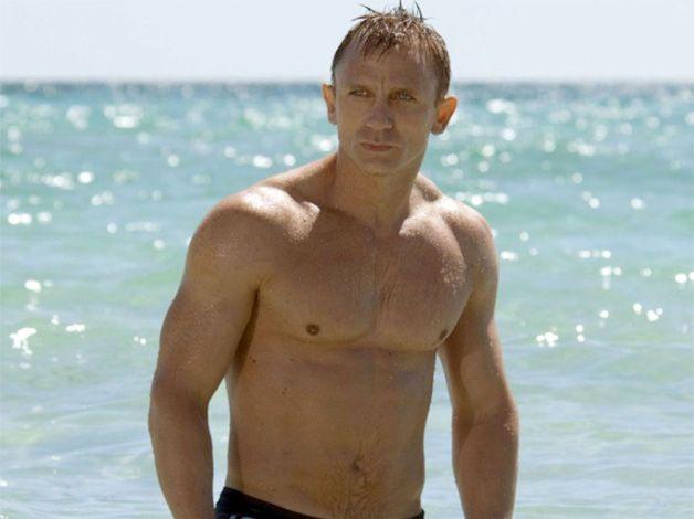 c0bd3efabe Daniel Craig's James Bond muscle-building workout plan