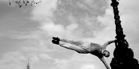 White, Black, Black-and-white, Monochrome, Sky, Monochrome photography, Street stunts, Photography, Flip (acrobatic), Cloud,