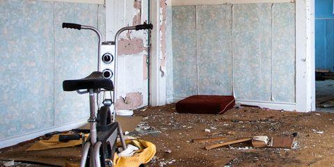 Floor, Flooring, Tripod, Room, Pipe, Machine,