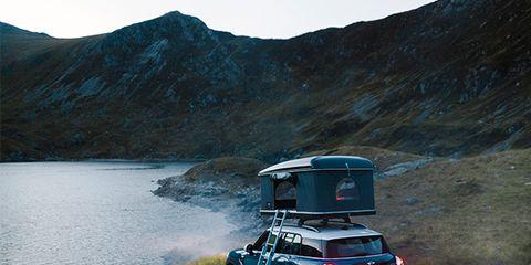 Land vehicle, Vehicle, Car, Regularity rally, Mountainous landforms, Automotive exterior, Mini, Mountain, Highland, Road,