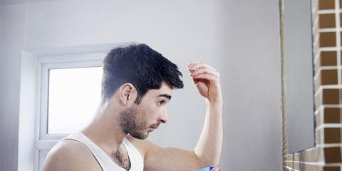 Water, Chin, Forehead, Room, Muscle, Hand, Bathroom, Washing, Window, Facial hair,