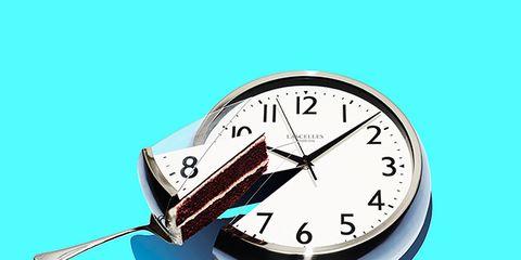 Gauge, Clock, Font, Wall clock, Measuring instrument, Fashion accessory,