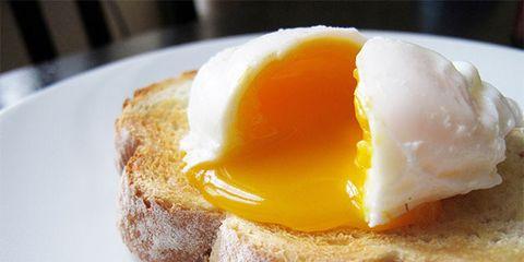 Dish, Food, Cuisine, Egg yolk, Breakfast, Ingredient, Meal, Eggs benedict, Poached egg, Creamed eggs on toast,