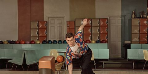 Bowling, Bowling equipment, Bowling ball, Bowler, Ten-pin bowling, Sports, Ball game, Ball, Individual sports, Games,