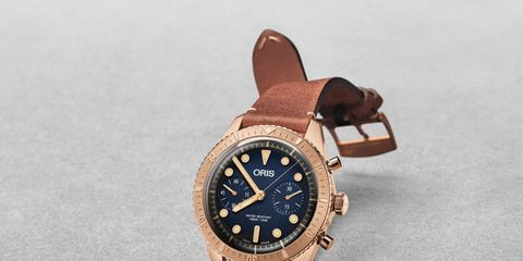 Analog watch, Watch, Watch accessory, Fashion accessory, Brown, Strap, Jewellery, Material property, Metal, Brand,