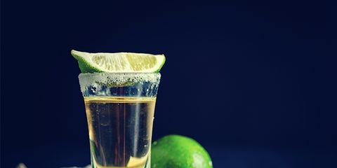 Key lime, Drink, Lime, Caipirinha, Ti'punch, Lemon-lime, Distilled beverage, Alcoholic beverage, Persian lime, Still life photography,