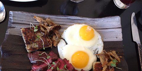 Dish, Food, Cuisine, Ingredient, Brunch, Meal, Breakfast, Comfort food, Fried egg, Meat,
