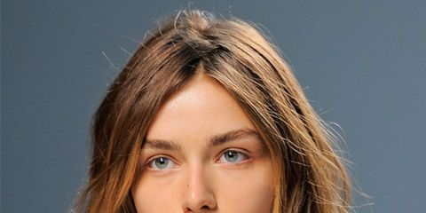 Lip, Hairstyle, Chin, Forehead, Eyebrow, Collar, Style, Eyelash, Beauty, Fashion,