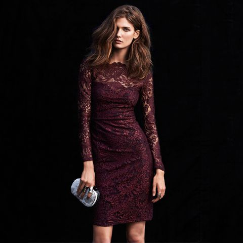 Clothing, Sleeve, Human body, Shoulder, Dress, One-piece garment, Fashion model, Day dress, Fashion, Waist,