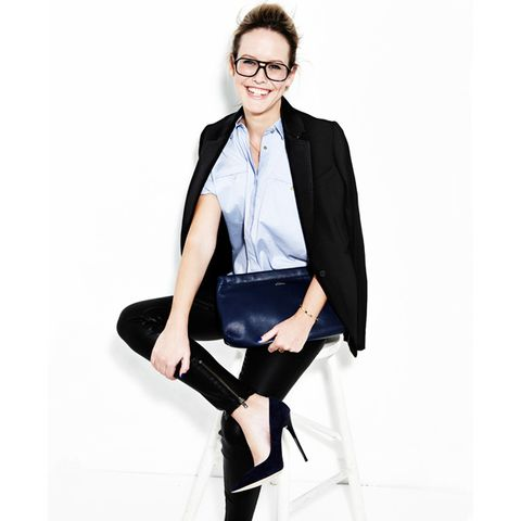 Clothing, Glasses, Sleeve, Collar, Shoulder, Joint, Outerwear, Sitting, Coat, Formal wear,