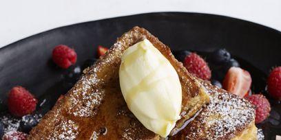Dish, Food, Cuisine, Ingredient, Breakfast, Brunch, Produce, Dessert, Garnish, French toast,