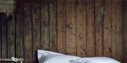Wood, Textile, Bedding, Bed, Linens, Bed sheet, Bedroom, Hardwood, Duvet, Bed frame,