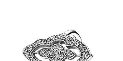 Heart, Drawing, Illustration, Silver, Symbol, Line art, Artwork, Sketch, Engagement ring,