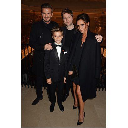 Trousers, Collar, Coat, Outerwear, Suit trousers, Formal wear, Style, Blazer, Overcoat, Little black dress,