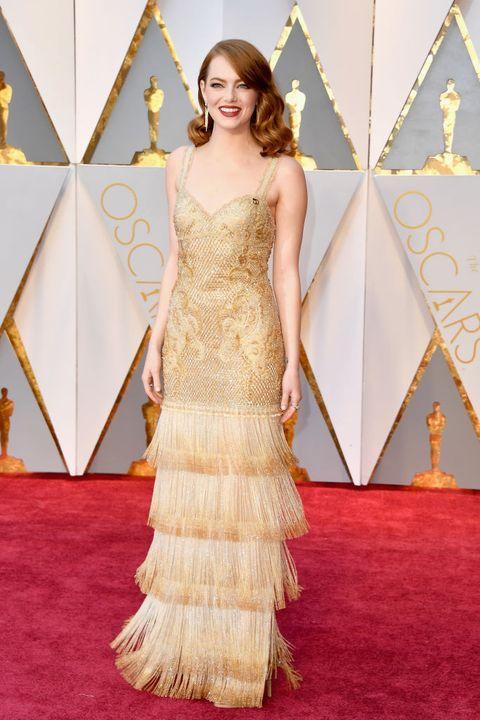 Flooring, Shoulder, Dress, Floor, Style, Formal wear, Carpet, Fashion model, Waist, Gown,