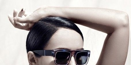 Eyewear, Glasses, Ear, Vision care, Lip, Hairstyle, Shoulder, Goggles, Sunglasses, Joint,