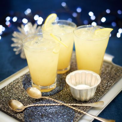 Drink, Ingredient, Tableware, Juice, Liquid, Fruit, Classic cocktail, Cocktail, Alcoholic beverage, Highball glass,