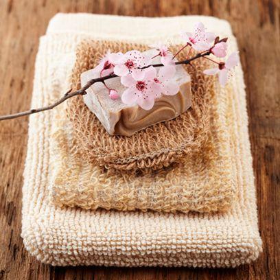Textile, Petal, Beige, Home accessories, Artificial flower, Knitting, Craft, Crochet, Wool, Needlework,