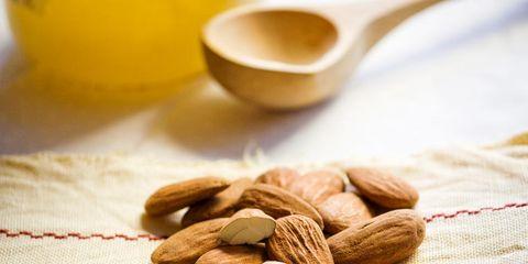 Serveware, Ingredient, Food, Dishware, Nut, Kitchen utensil, Drinkware, Seed, Produce, Dried fruit,