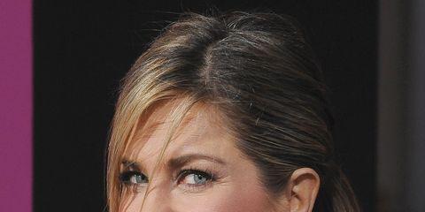 Hair, Nose, Ear, Earrings, Lip, Hairstyle, Skin, Chin, Forehead, Shoulder,