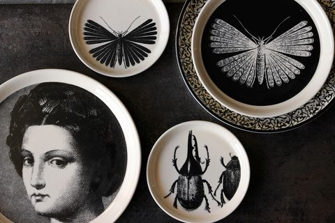 Dishware, Serveware, Circle, Silver, Collection, Porcelain, Symbol,
