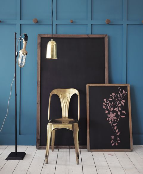 Wood, Floor, Wall, Flooring, Chair, Wood stain, Hardwood, Wood flooring, Paint, Plywood,