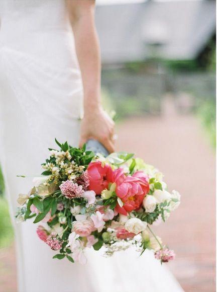 Bouquet, Photograph, Flower Arranging, Flower, Bride, Wedding dress, Floristry, Dress, Pink, Floral design,