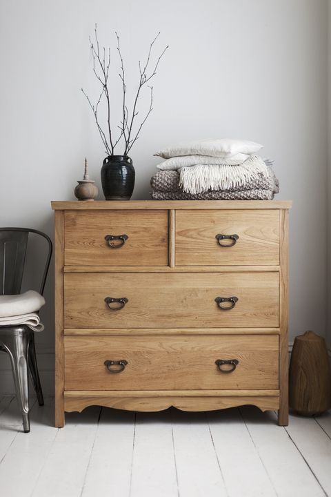 Wood, Drawer, Room, Furniture, Chest of drawers, Floor, Flowerpot, Cabinetry, Twig, Dresser,