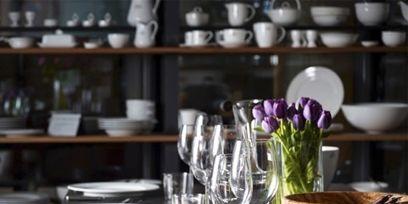 Serveware, Dishware, Glass, Furniture, Table, Room, Drinkware, Tableware, Porcelain, Stemware,