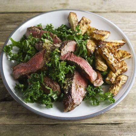 Food, Ingredient, Tableware, Leaf vegetable, Dishware, Recipe, Plate, Cuisine, Serveware, Produce,