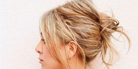 Hair, Ear, Hairstyle, Skin, Shoulder, Joint, Style, Eyelash, Neck, Beauty,